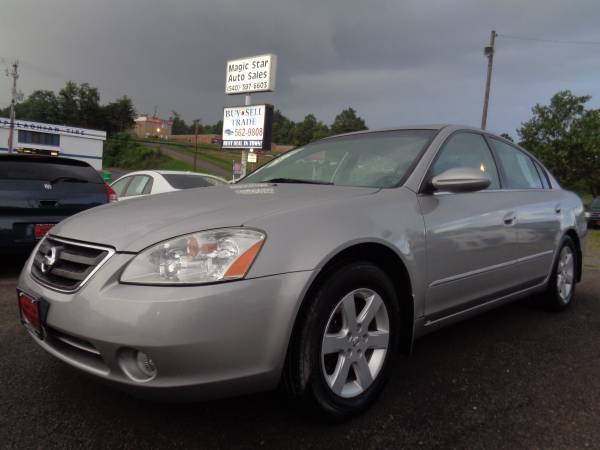 2002 Nissan Altima 2.5S Silver One Owner Very Low Mileage Very Nice