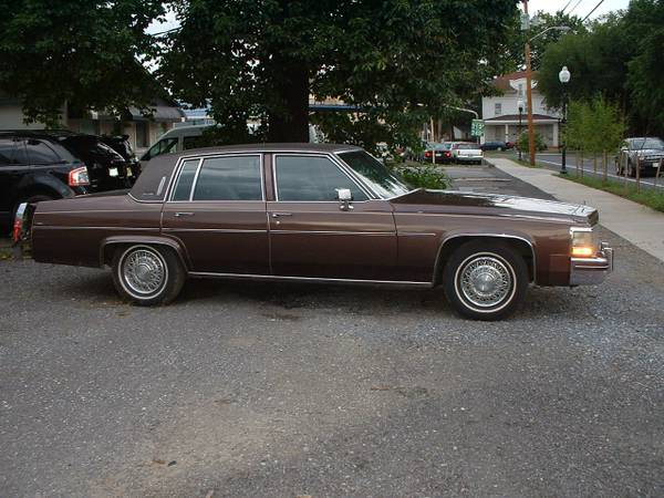 1983 caddy sed d ville