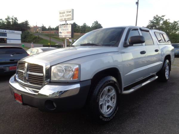 2005 Dodge Dakota Quad Cab SLT 4WD - Great Condition - Fair Price