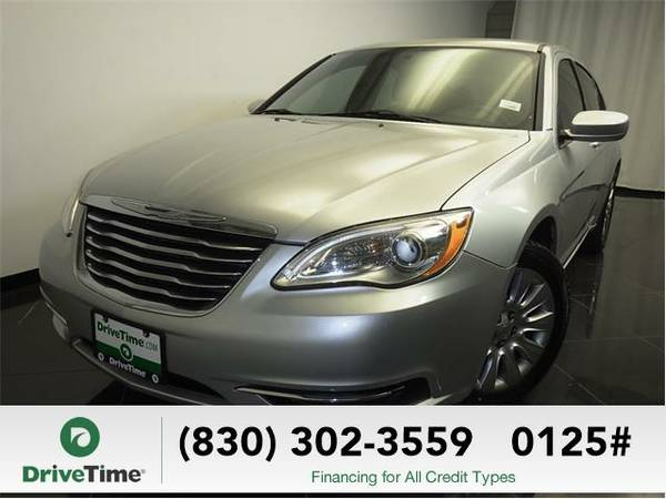 Beautiful 2012 *Chrysler 200* LX (SILVER) - Clean Title