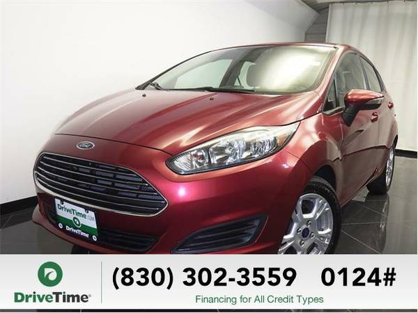Beautiful 2014 *Ford Fiesta* SE (RED) - Clean Title