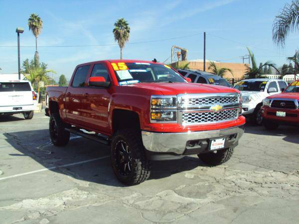 2015 *CHEVROLET* *SILVERADO* 2500 LT 4X4 LIFTED! 18,239 MILES! $0 DOWN