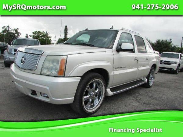 2004 *Cadillac* *Escalade* *EXT* Sport Utility Truck - -...