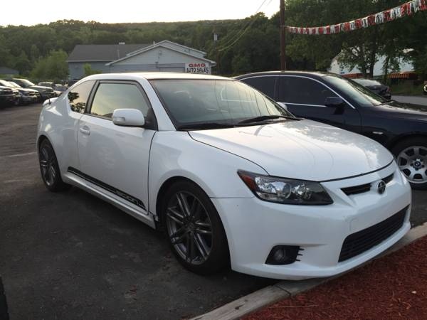 2013 Toyota Scion tC coupe 6 speed rare find