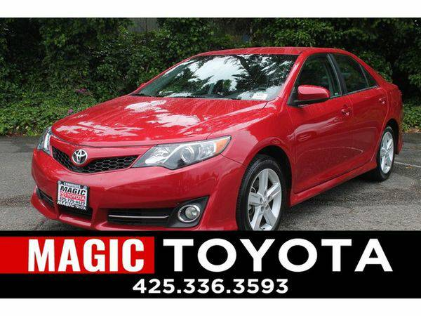 2014 *Toyota* *Camry* SE RATES AS LOW AS 0% OAC ON SELECT MODELS