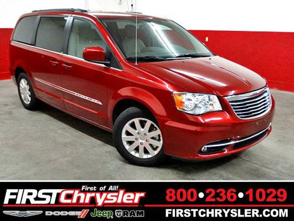 2013 *Chrysler Town & Country* Touring - Chrysler Deep Cherry Red...