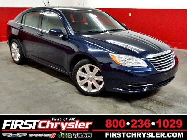 2013 *Chrysler 200* Touring - Chrysler True Blue Pearlcoat