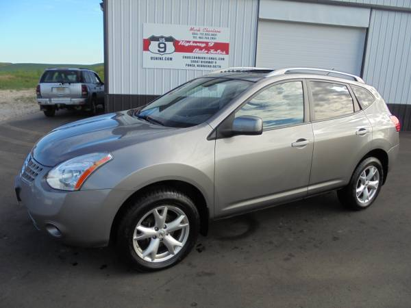 2009 Nissan Rogue SL 4x4 - Excellent - New Transmission - Extra Clean