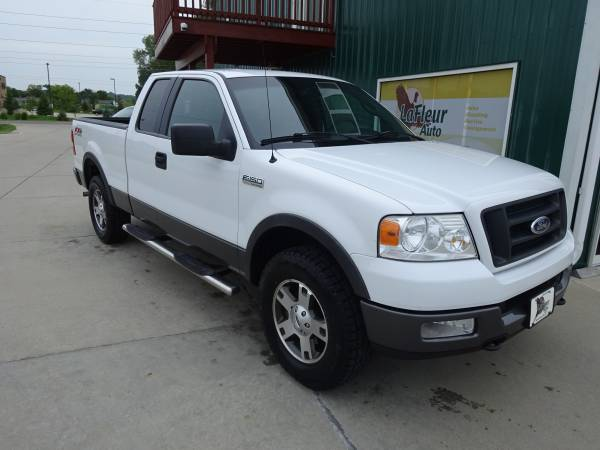 2005 FORD F150 Loaded, FX4, 4x4, Leather, Low Miles, Like Brand New!!!