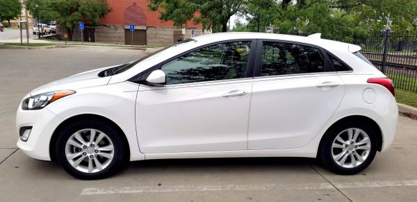 2013 Hyundai Elantra GT hatchback 34k 1 Own OFF LEASE Alloys Bluetooth