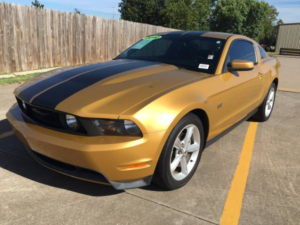 2010 Ford Mustang GT!!! Fast Car!! Come Test Drive Today!!