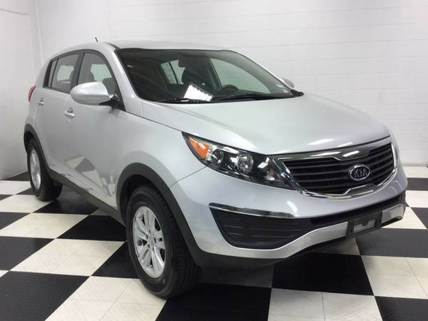 2012 KIA SPORTAGE LOW,LOW MILES! FACTORY WARRANTY! PERFECT CONDITION!!