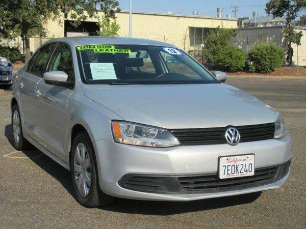2012 *Volkswagen* *Jetta* SE PZEV 4dr Sedan 6A w/ Convenience - $990...
