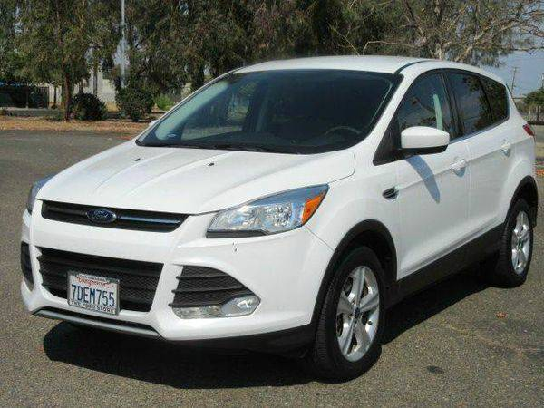 2014 *Ford* *Escape* SE AWD 4dr SUV - $990 DOWN MOST CARS !!!