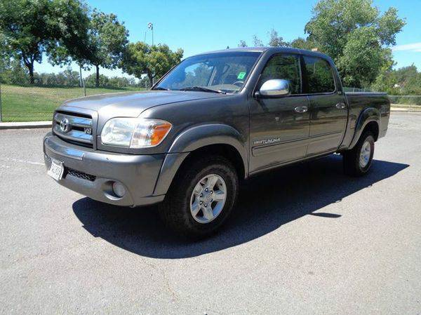 2005 *Toyota* *Tundra* SR5 4dr Double Cab 4WD SB V8 DON'T BE SHY,