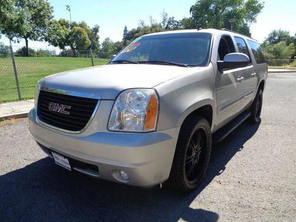 2007 *GMC* *Yukon* *XL* SLT 1500 4dr SUV 4x4 w/4SB w/ 2 Package...
