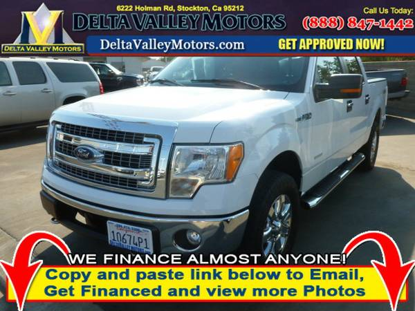 2013 Ford F150 SuperCrew Cab XLT Pickup 4D 5 1 2 ft Truck