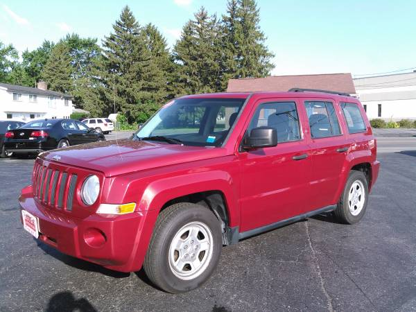2010 JEEP PATRIOT SPORT LOW MILES ONLY 74K! WE FINANCE EVERYONE!!!!!!!