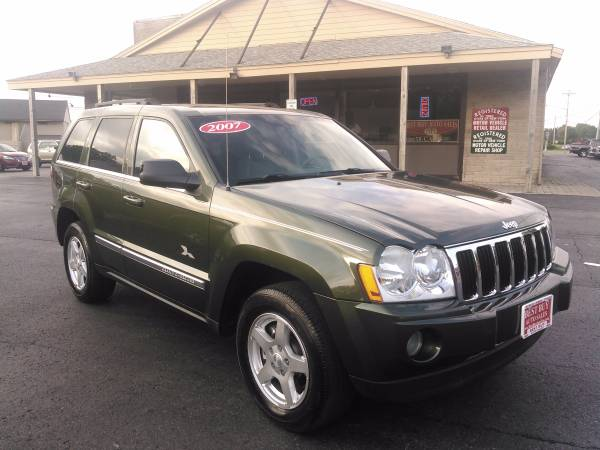 2007 JEEP GRAND CHEROKEE LIMITED HEMI 4X4 WE FINANCE EVERYONE EVERYONE