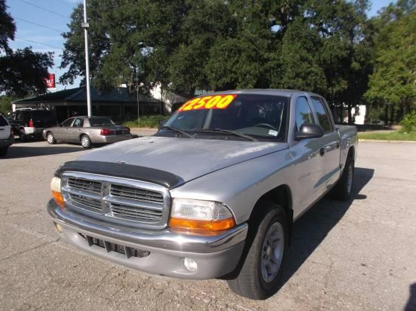 CASH SALE!--------------2001 DODGE DAKOTA SLT MAGNUM-QUAD CAB $2500