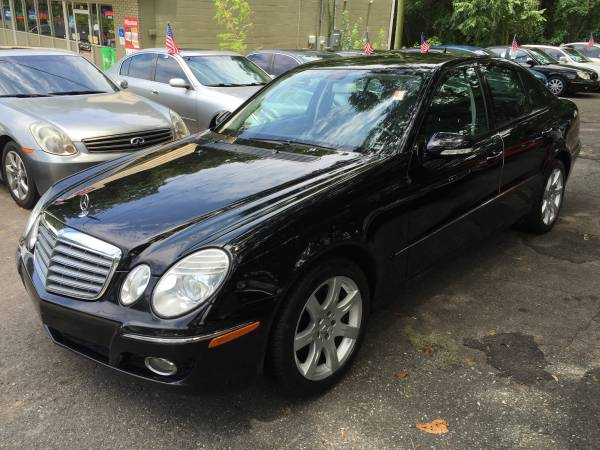 2007 MERCEDES BENZ E350 SUPER NICE! LOADED!