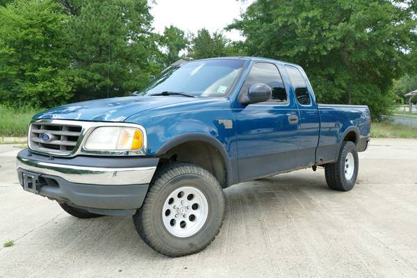 2000 Ford F150 4×4 -- No Arkansas Sales Tax!