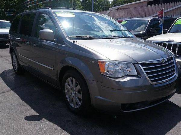2009 *Chrysler* *Town* *&* *Country* Touring *$499 Down Drives Today!*