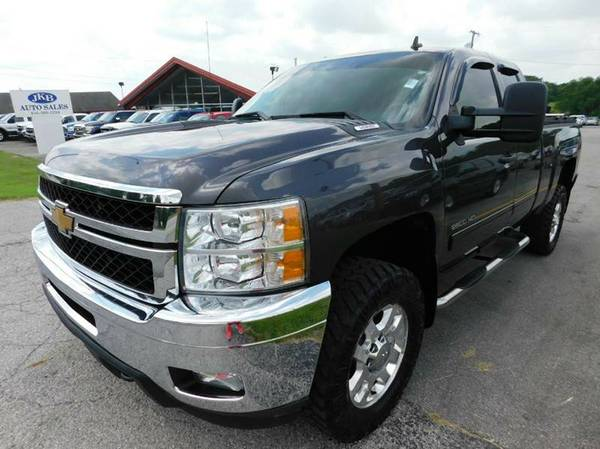 CHEVY AND GMC 3/4 TON 1 TON IN STOCK 6.0 TO DURAMAX DIESEL SRW DUALLY