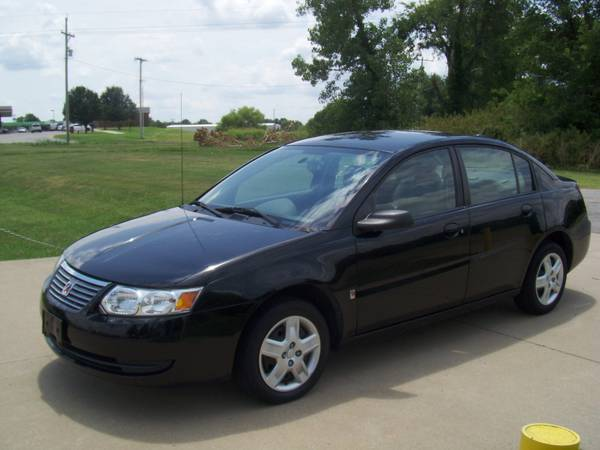 2007 Saturn Ion 2, ( 87K ) Clean Car Fax
