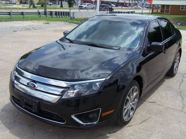 2010 Ford Fusion - ONE OWNER; SUPER CLEAN; RUNS GREAT!