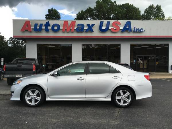 2013 Toyota Camry SE - U R Approved
