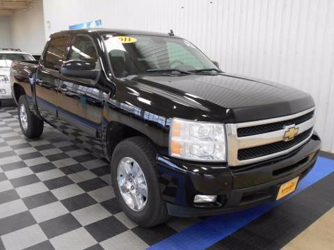 2011 Chevrolet Silverado 1500 4 Door Crew Cab Short Bed Truck