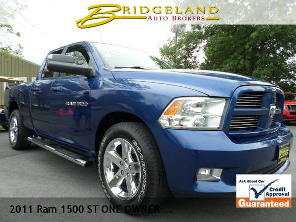 2011 Ram 1500 SPORT ONE OWNER PEPSI BLUE ON CHROME .. HEATED LEATHER