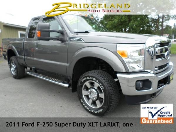 2011 Ford F-250 Super Duty LARIAT ONE OWNER ONLY 40,000 MILES LEATHER