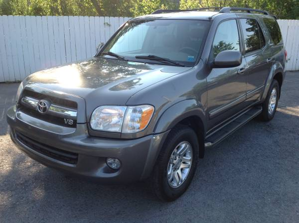 2006 Toyota Sequoia Limited 4wd DVD Navigation Every option available!