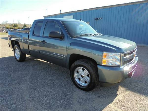 SOUTHERN TRUCK! 2008 CHEVROLET SILVERADO EXTENDED CAB 2WD LT