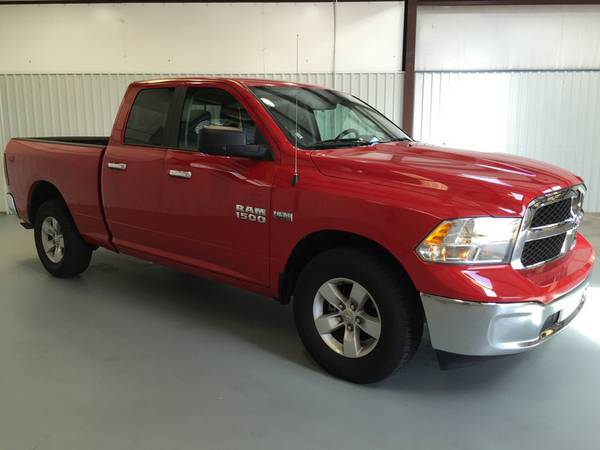 2016 RAM 1500 BIG HORN! RED PEARLCOAT! ONLY 13KMILES!DRIVES LIKE NEW!!