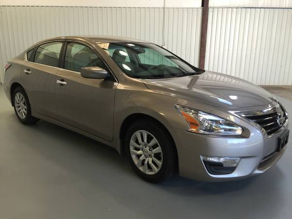 2015 NISSAN ALTIMA 2.5 S!ONLY 11K MILES*PUSH BUTTON START*GAS SAVER!!!
