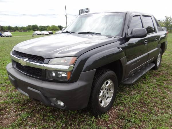 *** 2004 CHEVROLET 1500 AVALANCHE *** SIGN AND DRIVE AUTO SALES