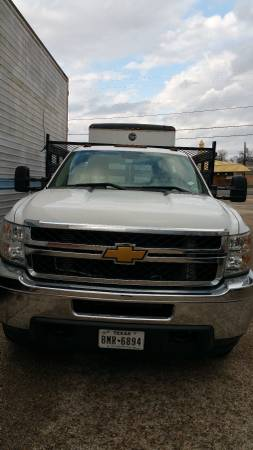 CHEV, 3500 HD STAKE BED, BARELY Y USED,