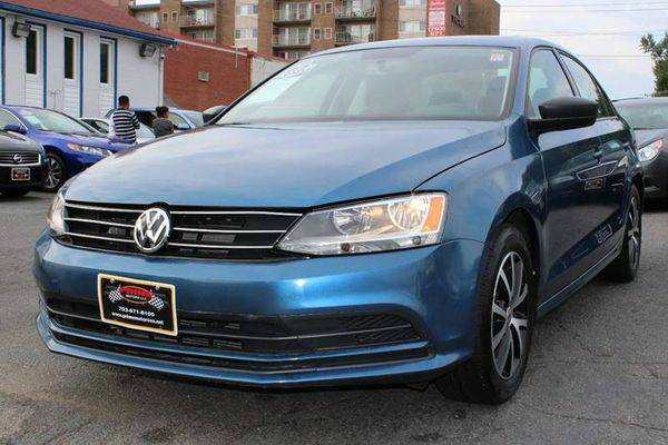2016 *Volkswagen* *Jetta* 1.4T SE 4dr Sedan 6A w/Connectivity