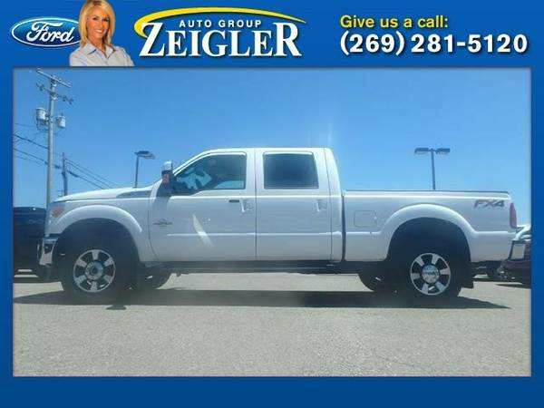 2015 Ford Super Duty F-350 SRW Lariat Truck Super Duty F-350 SRW Ford