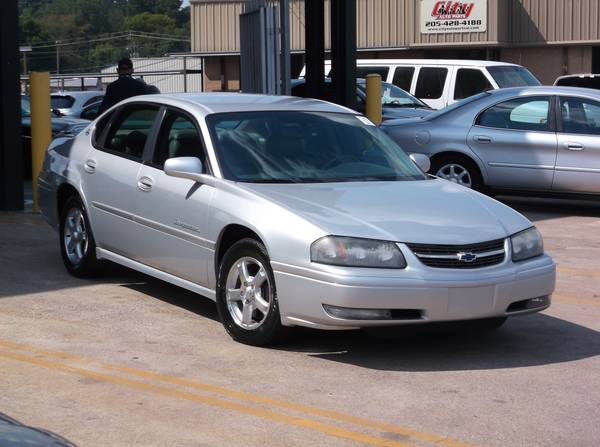 2004 Chevrolet Impala LS. FULLY LOADED! CLEAN CARFAX!
