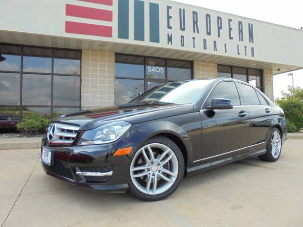 2012 Mercedes C300 4Matic AWD Sport and Premium Package Navigation