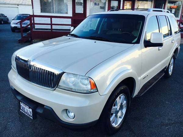 ///2005 Lincoln Aviator Luxury///Fully Loaded///3rd row seat//Must se