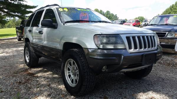 2004 Jeep Grand Cherokee Columbia Edition, Lifted!!