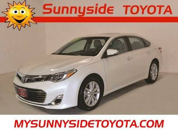 2013 *Toyota Avalon* XLE Premium w/ MOONROOF & LEATHER *CERTIFIED*...