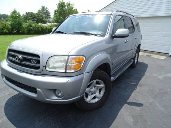 2002 TOYOTA SEQUOIA SR5 4X4 SUNROOF LEATHER TV/DVD 3RD ROW $2000 DOWN