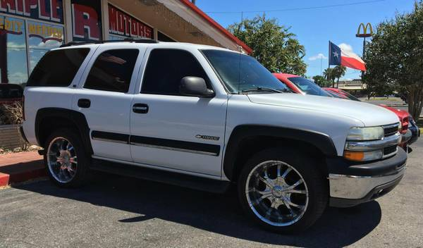 02 CHEVY TAHOE! __ $1500 DOWN! __ @ TRIPLE R MOTORS!!