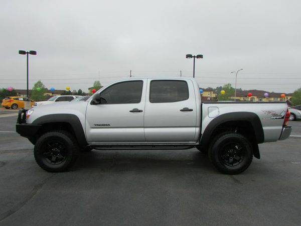 2014 *TOYOTA* *TACOMA* DOUBLE CAB ( Everyone Welcome )